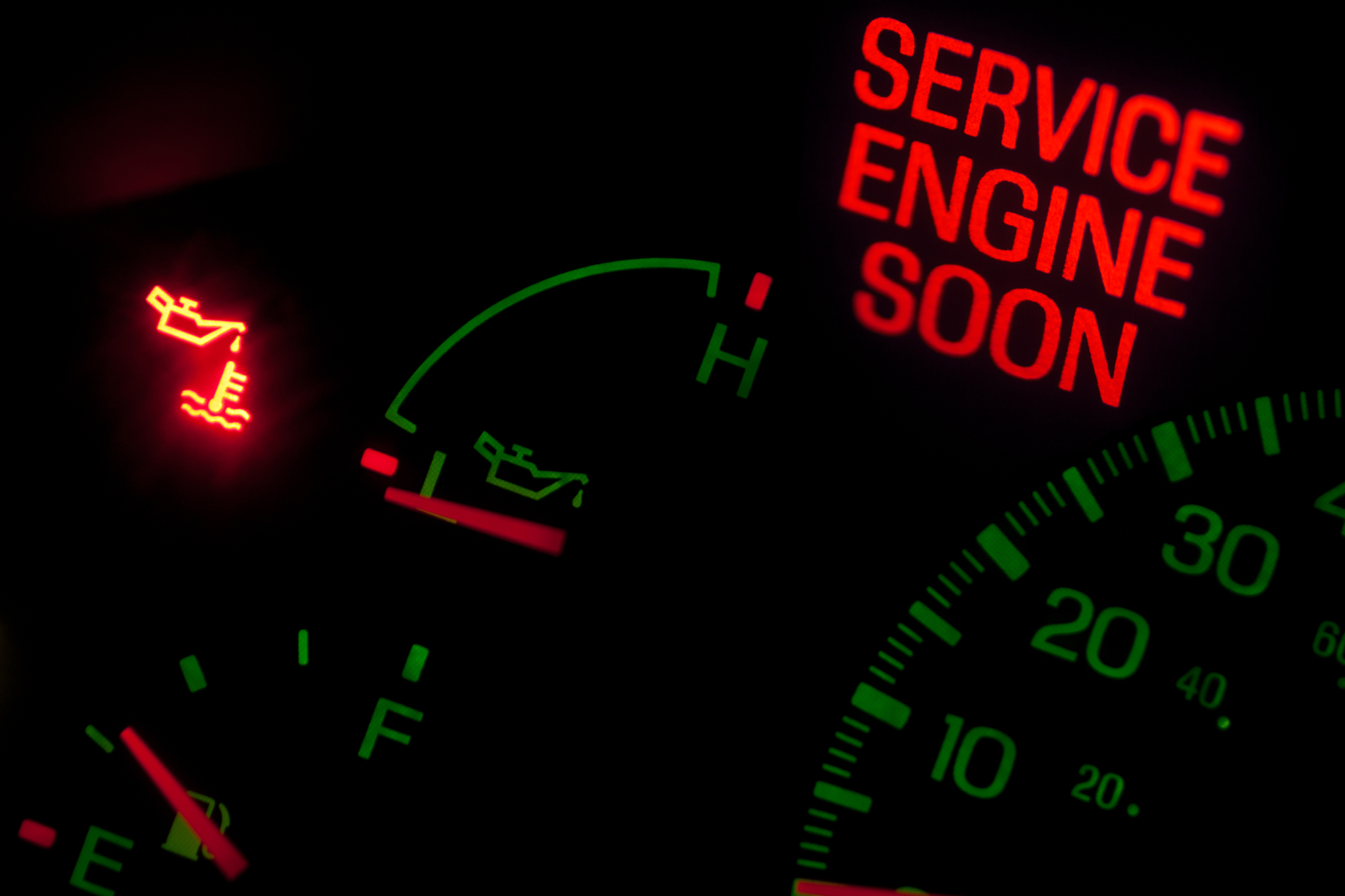 Beware: Take Your Vehicle Dashboard Oil Light Seriously